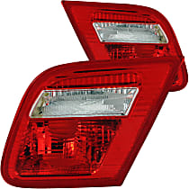 221164 Driver and Passenger Side Tail Light, Without bulb(s)