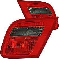 221201 Driver and Passenger Side Tail Light, Without bulb(s)