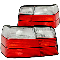 221216 Driver and Passenger Side Tail Light, Without bulb(s)