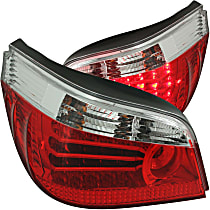 321006 Driver and Passenger Side Tail Light, With bulb(s)