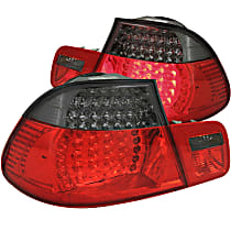 321127 Driver and Passenger Side Tail Light, With bulb(s)