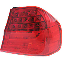 Sedan, Passenger Side, Outer Tail Light, With bulb(s)
