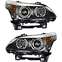 Driver and Passenger Side Halogen Headlight, With bulb(s), Sedan