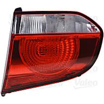 43881 Passenger Side, Inner Tail Light, With bulb(s)